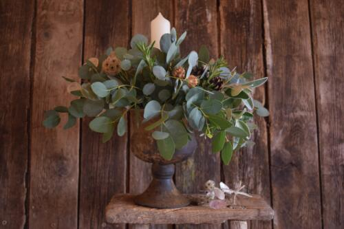 Christmas Urn table decoration workshop at Organic Blooms